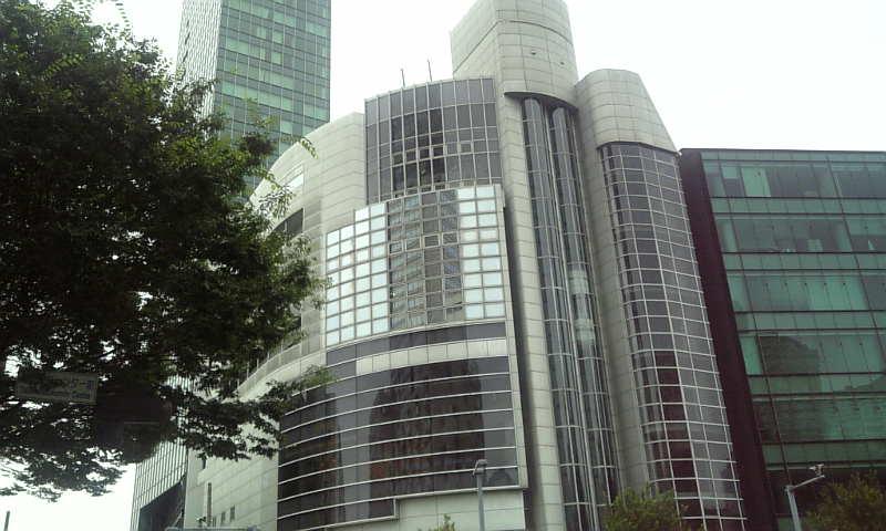 角筈区民ホール